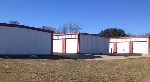 Self storage facilities in Lindale, TX