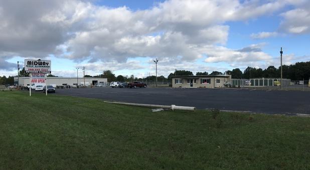 Midway Self Storage facilities streetview