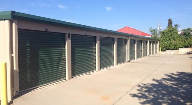 Clarksville, TN storage units
