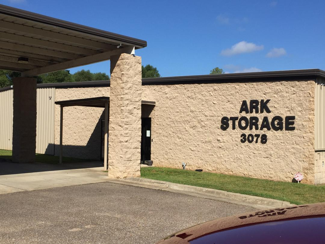 ark storage gated and fenced facility millbrook al