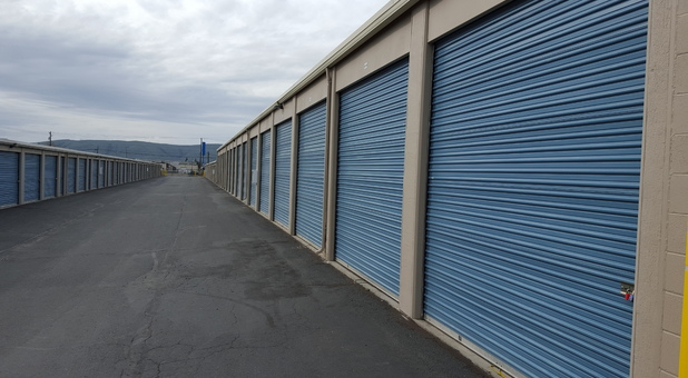 Storage Court of Yakima units