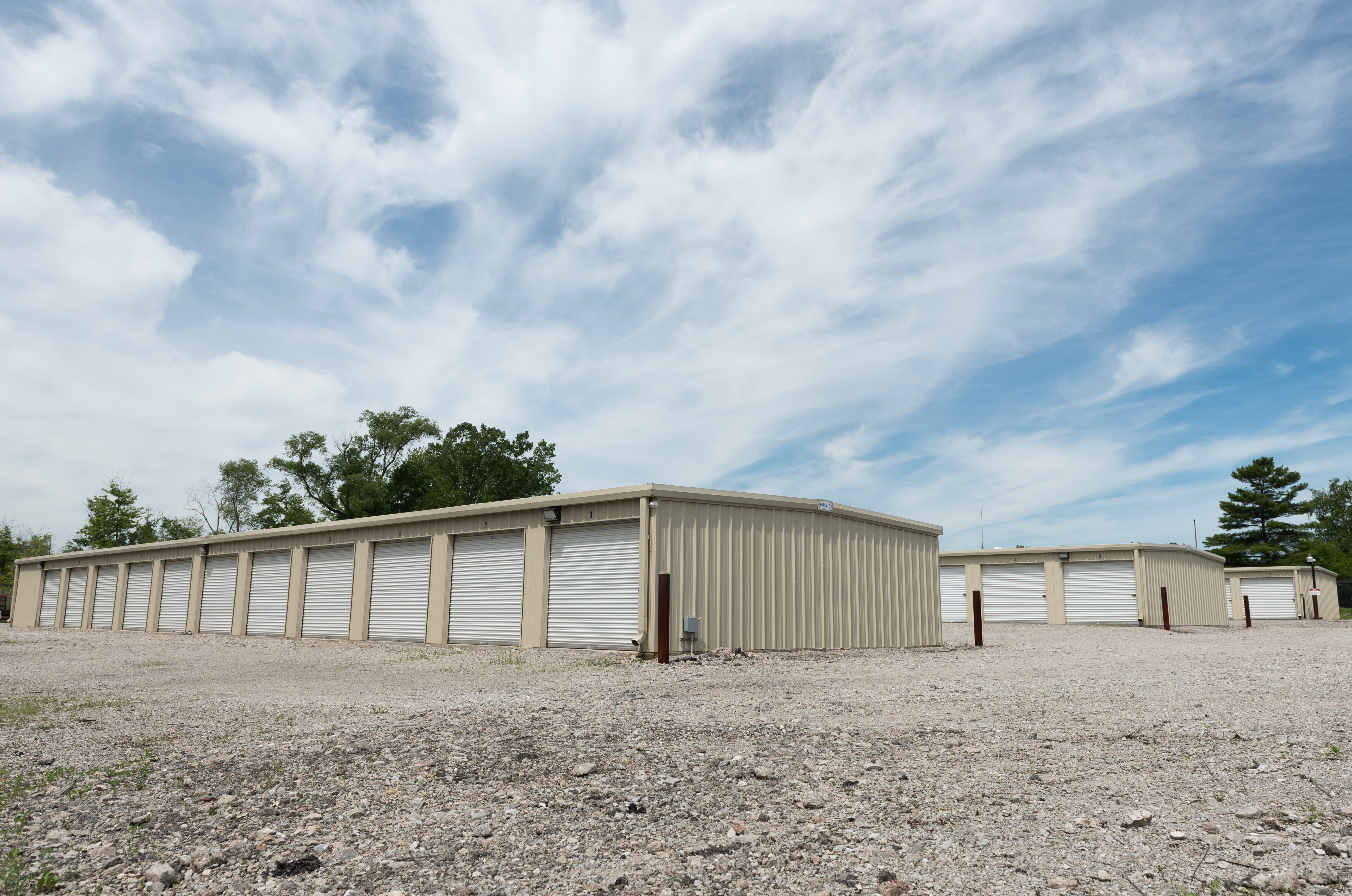 drive up storage units in niles oh