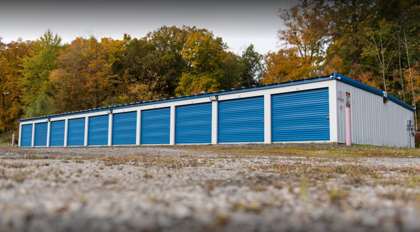 drive up access storage units in southington, oh