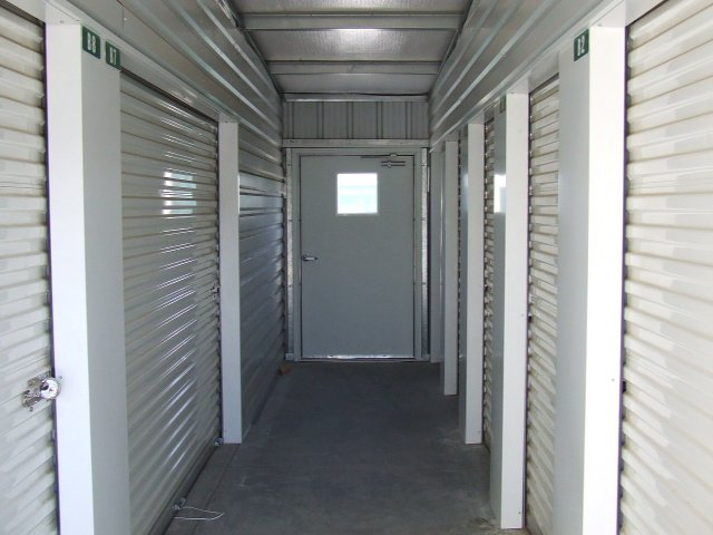 Storage Units in Lancaster, CA