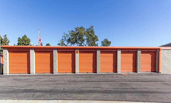 Clean and Outdoor Storage Units