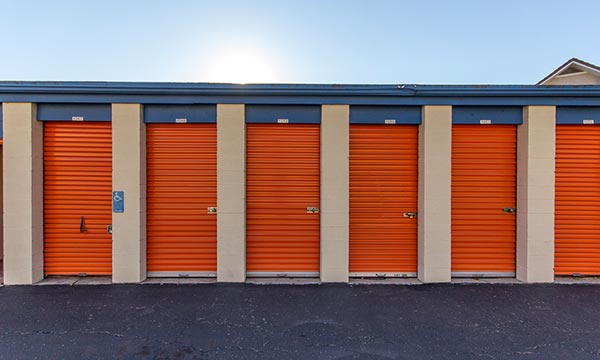 Outdoor Self Storage in Costa Mesa
