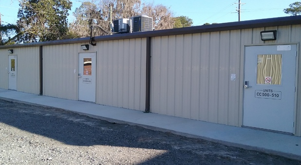 Row of self storage units in Springfield, GA
