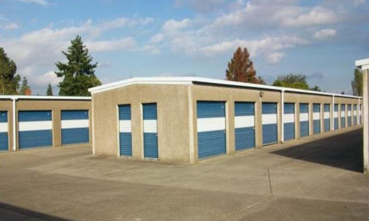 secure drive-up storage units at Albany Secure Storage