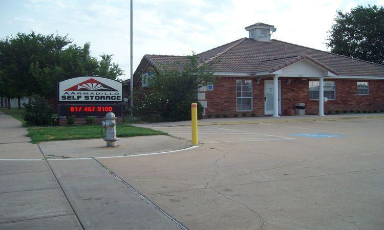 A Armadillo Self Storage Facility 5333 S Collins St, Arlington, TX 76018