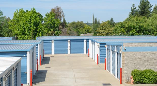 convenient storage, loomis, ca