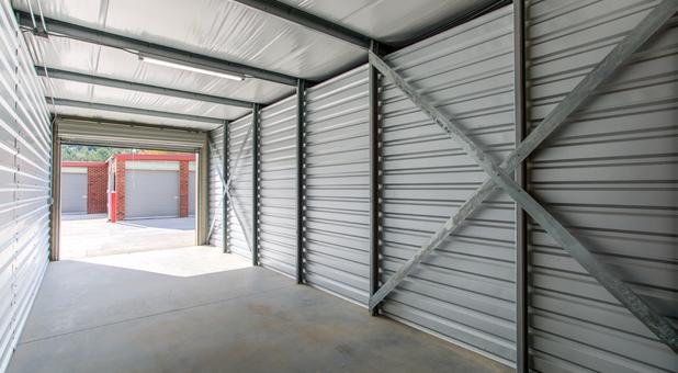 Drive up storage units in Tyrone, GA
