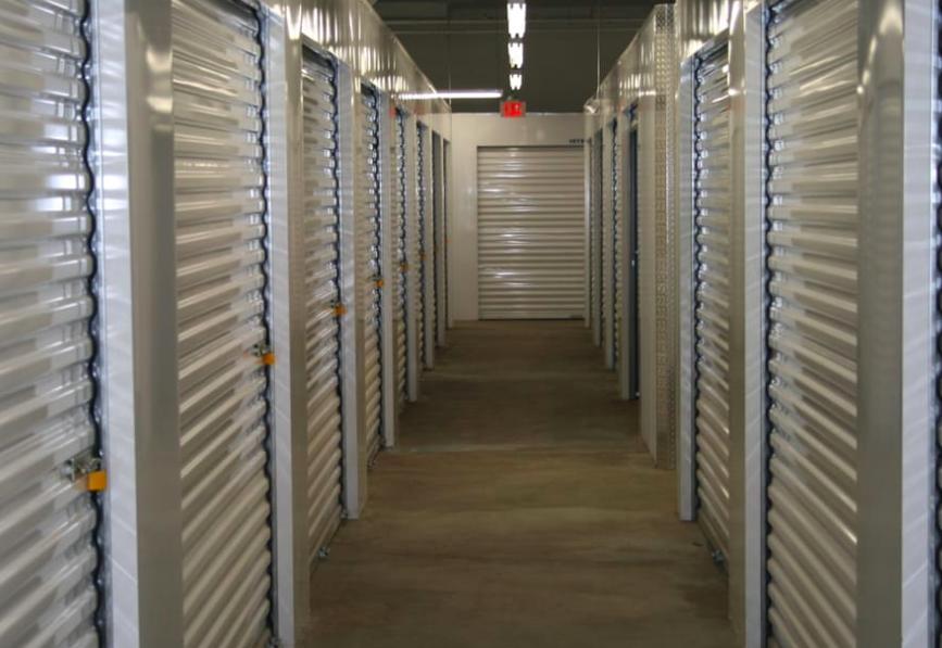 albany super storage interior units