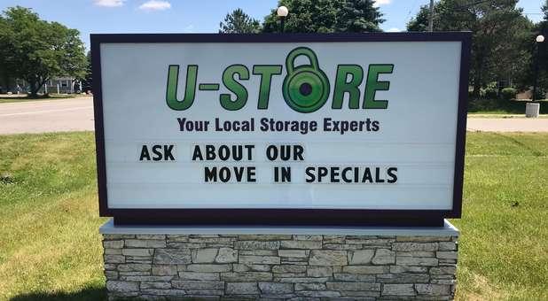 U-Store Self Storage - Holly East Signage