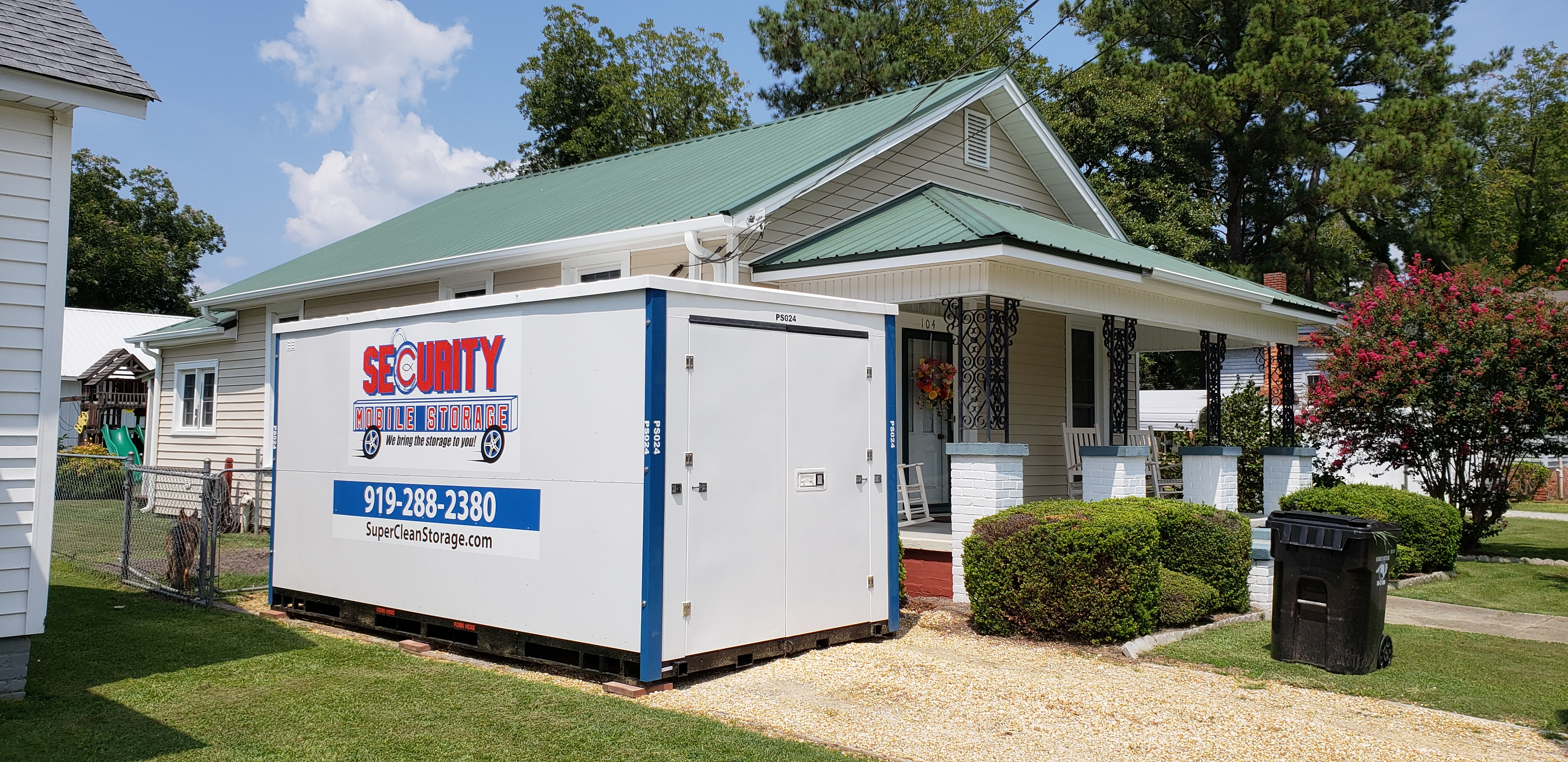 Portable Storage Delivered To Your House or Business