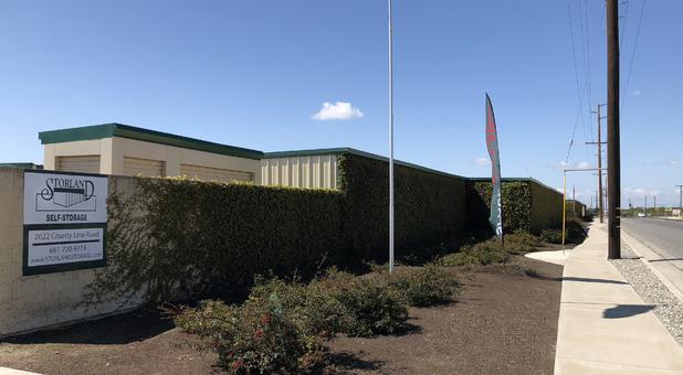 Street view of Storland Self Storage in Delano, CA