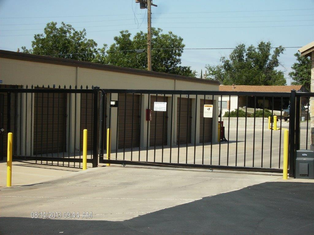 Fenced & Gated In Carlsbad, NM