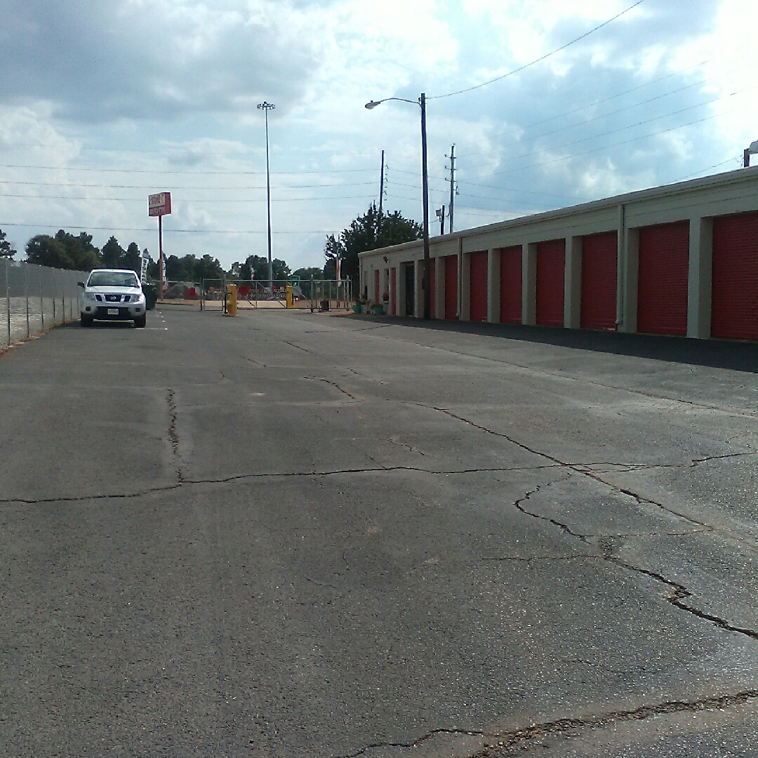 Texarkana Drive Up Access Storage