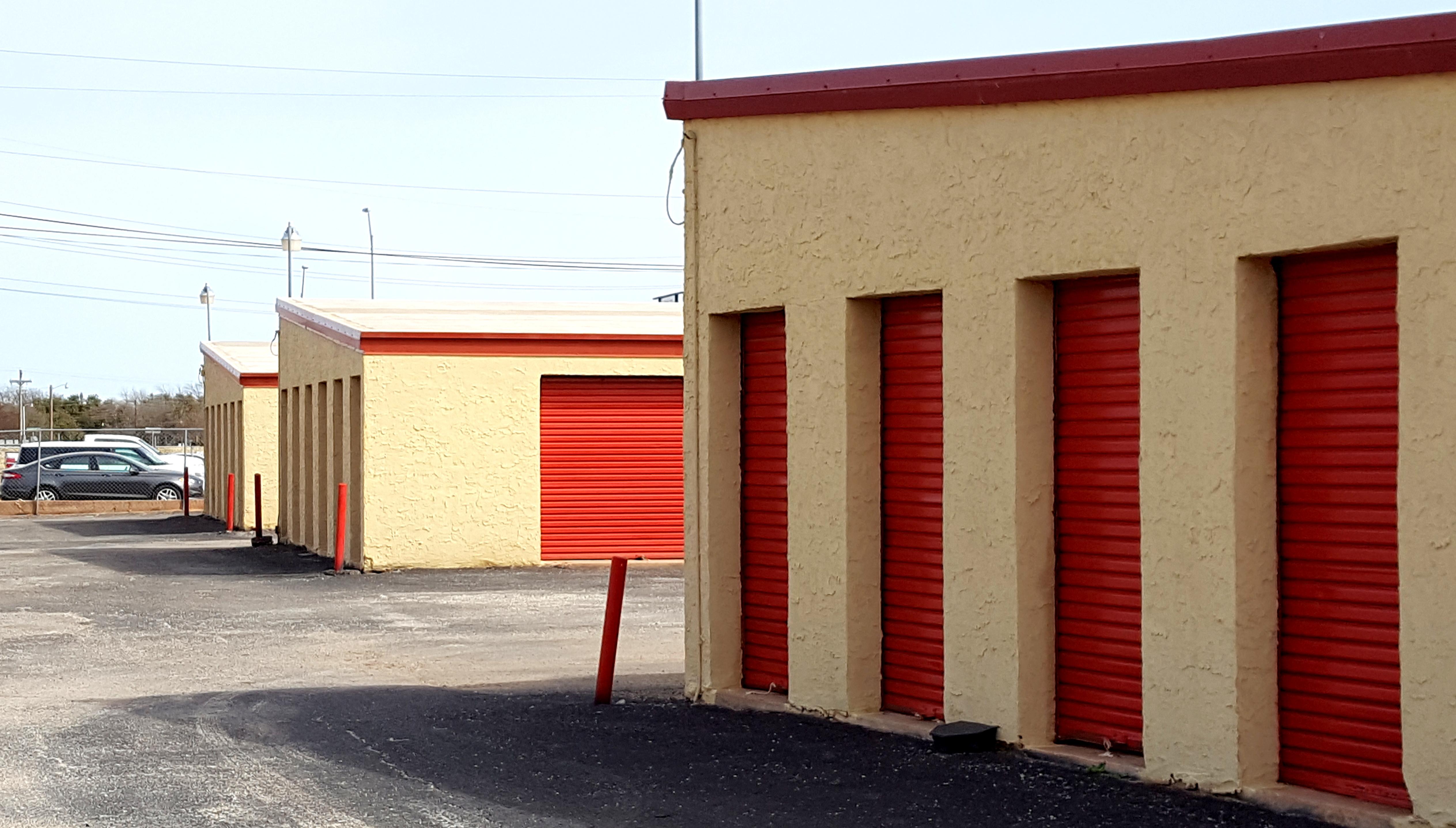 Abilene 2826 Storage Units