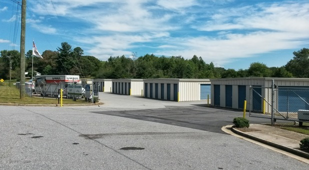 Easy Self Storage in Murrayville, GA