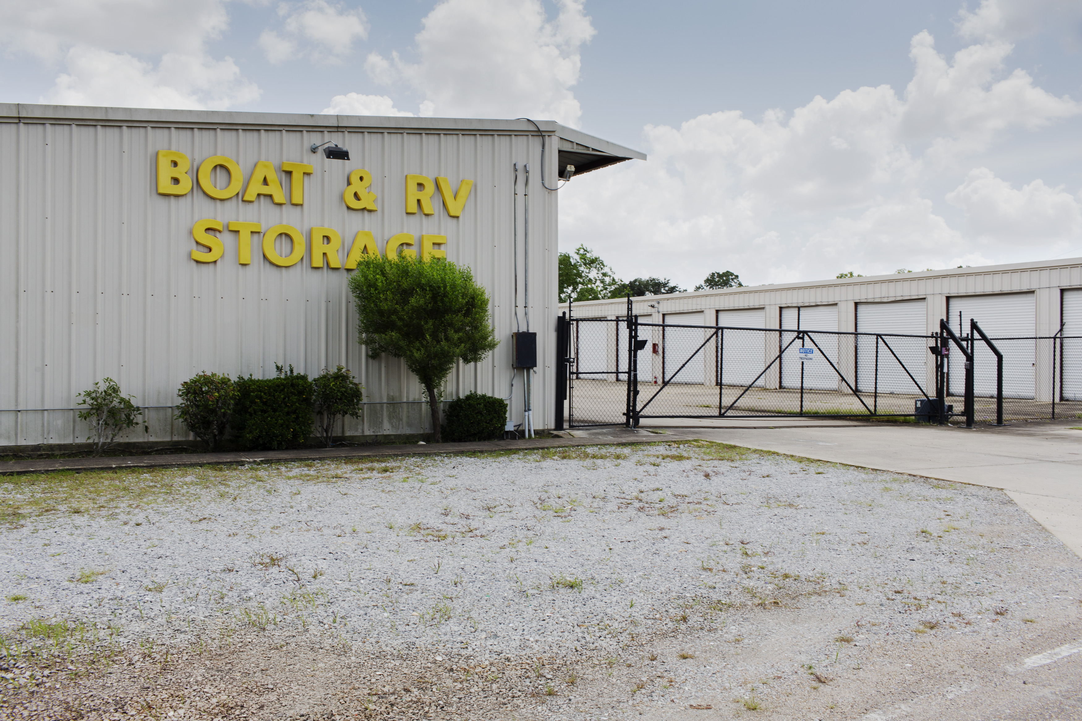 Fenced and Gated Storage in Baton Rouge, LA