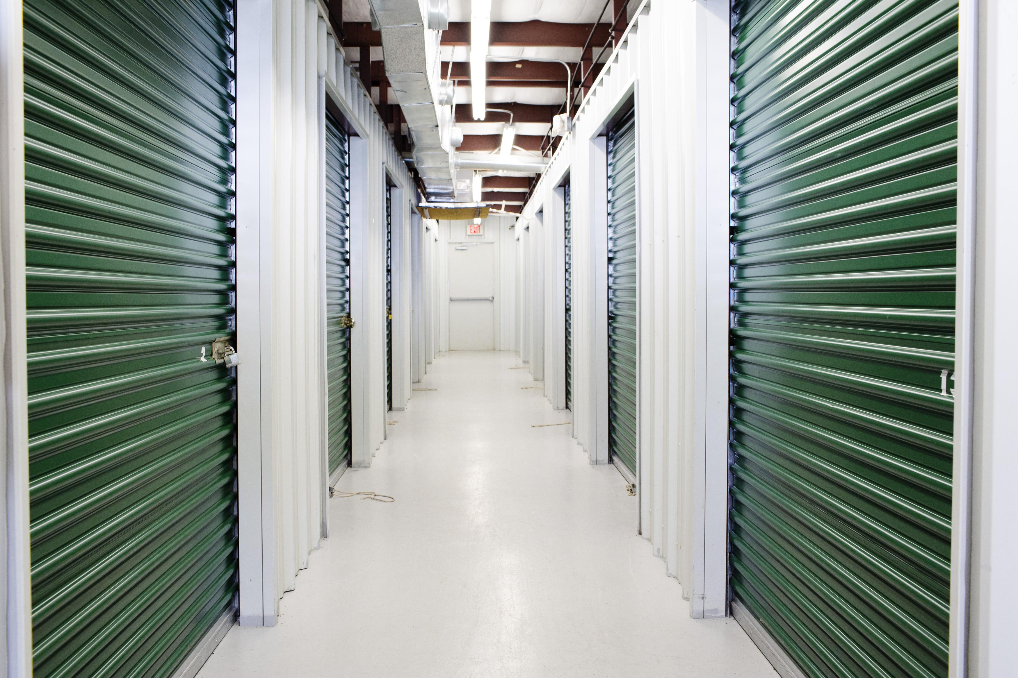 Interior access storage units in Baton Rouge, LA