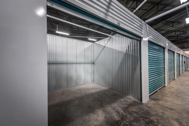 large storage units in new orleans, la