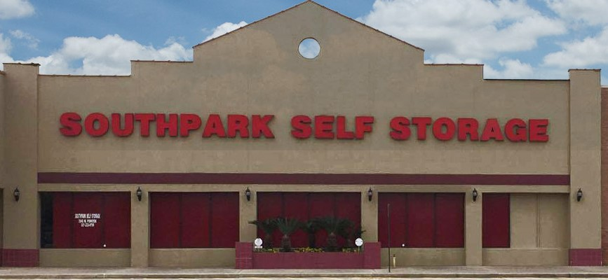 entrance to southpark self storage