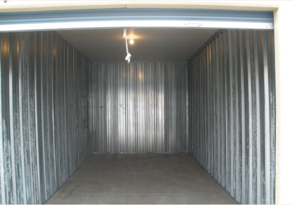 lighted storage unit Lincoln, NE