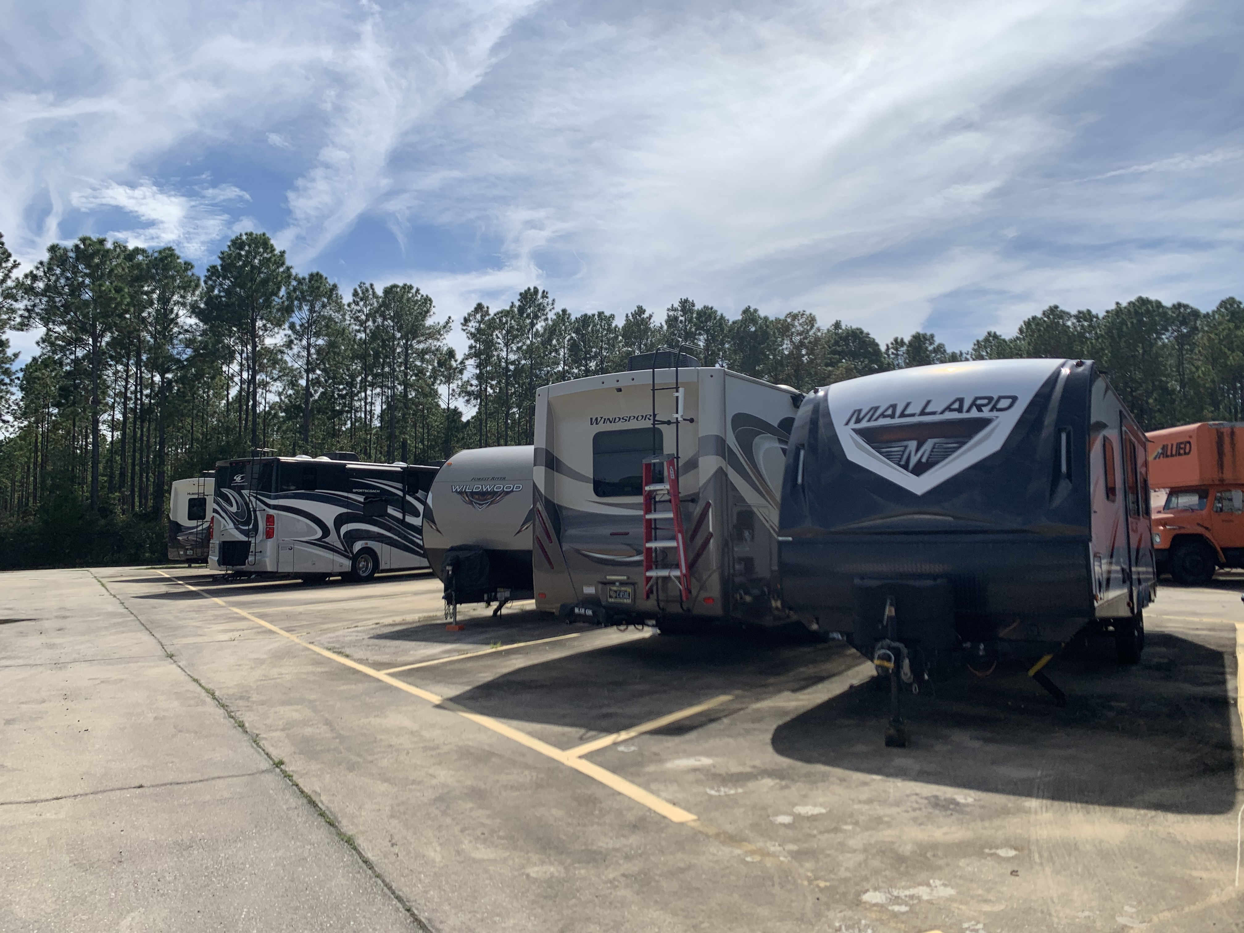 Safe and secure boat and RV parking in Palm Coast, FL
