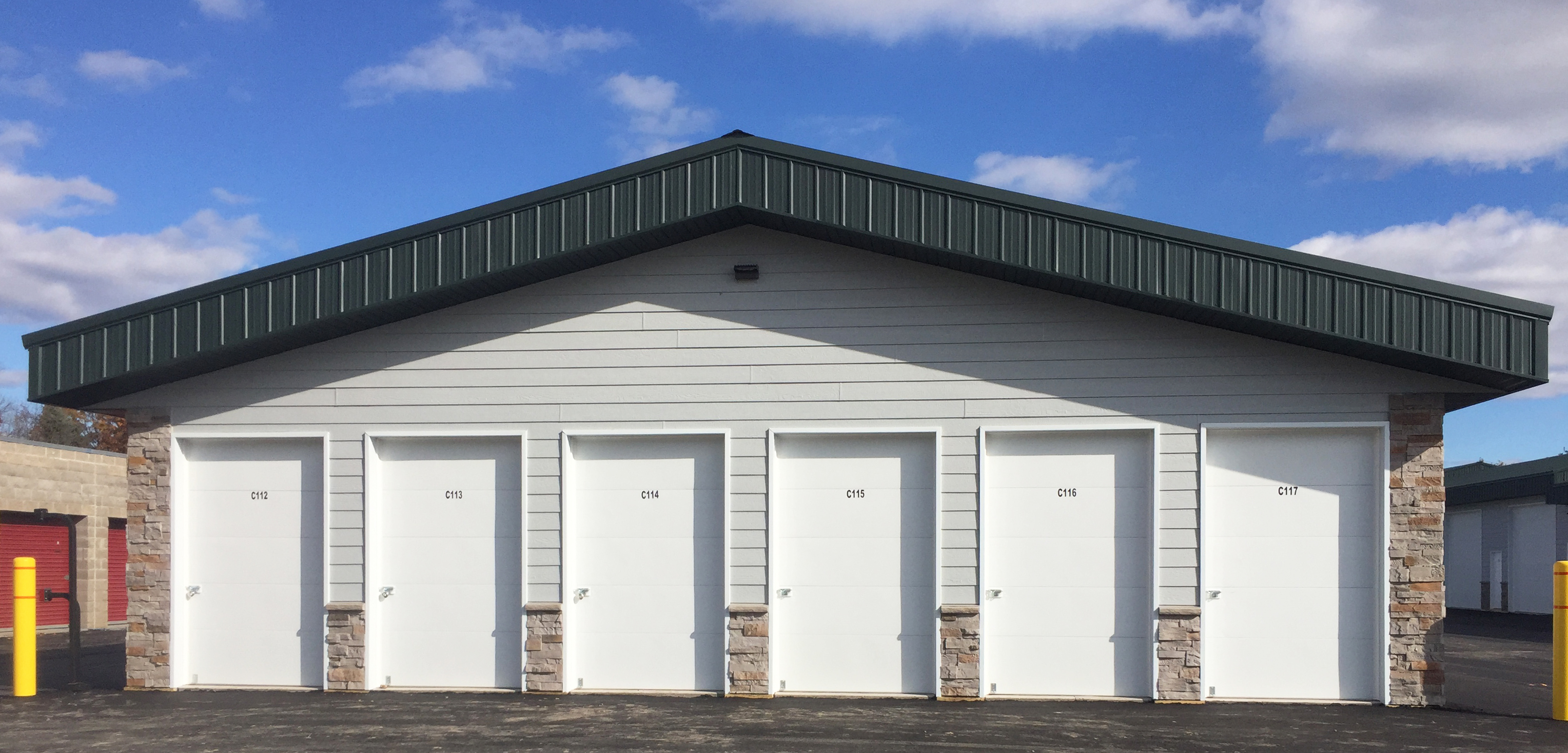 Temperature-Controlled Units & Vehicle Parking in Medina, MN