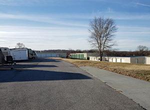 drive up storage units oak grove mo