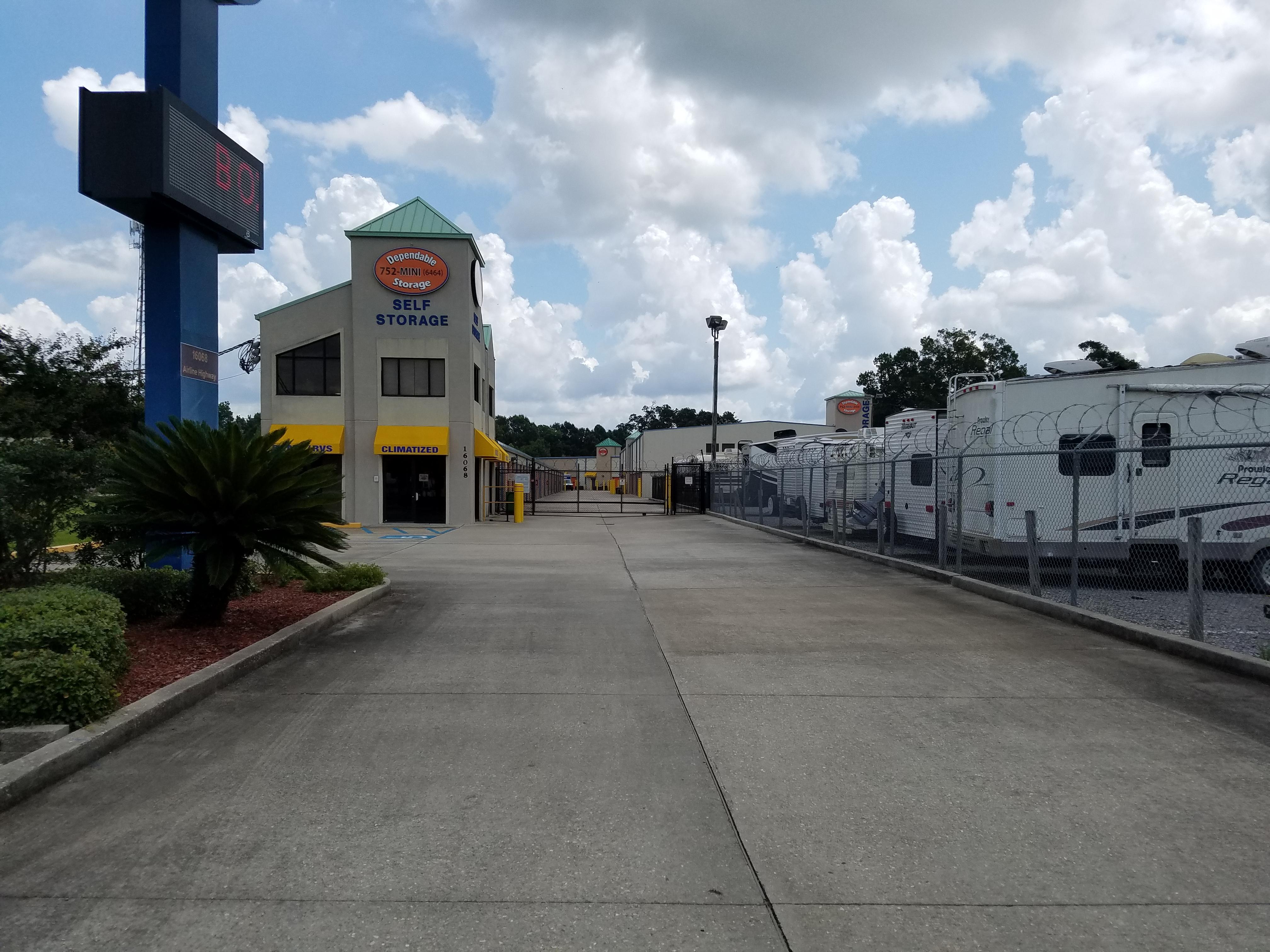 rv, boat parking available 24-hours prairieville, la