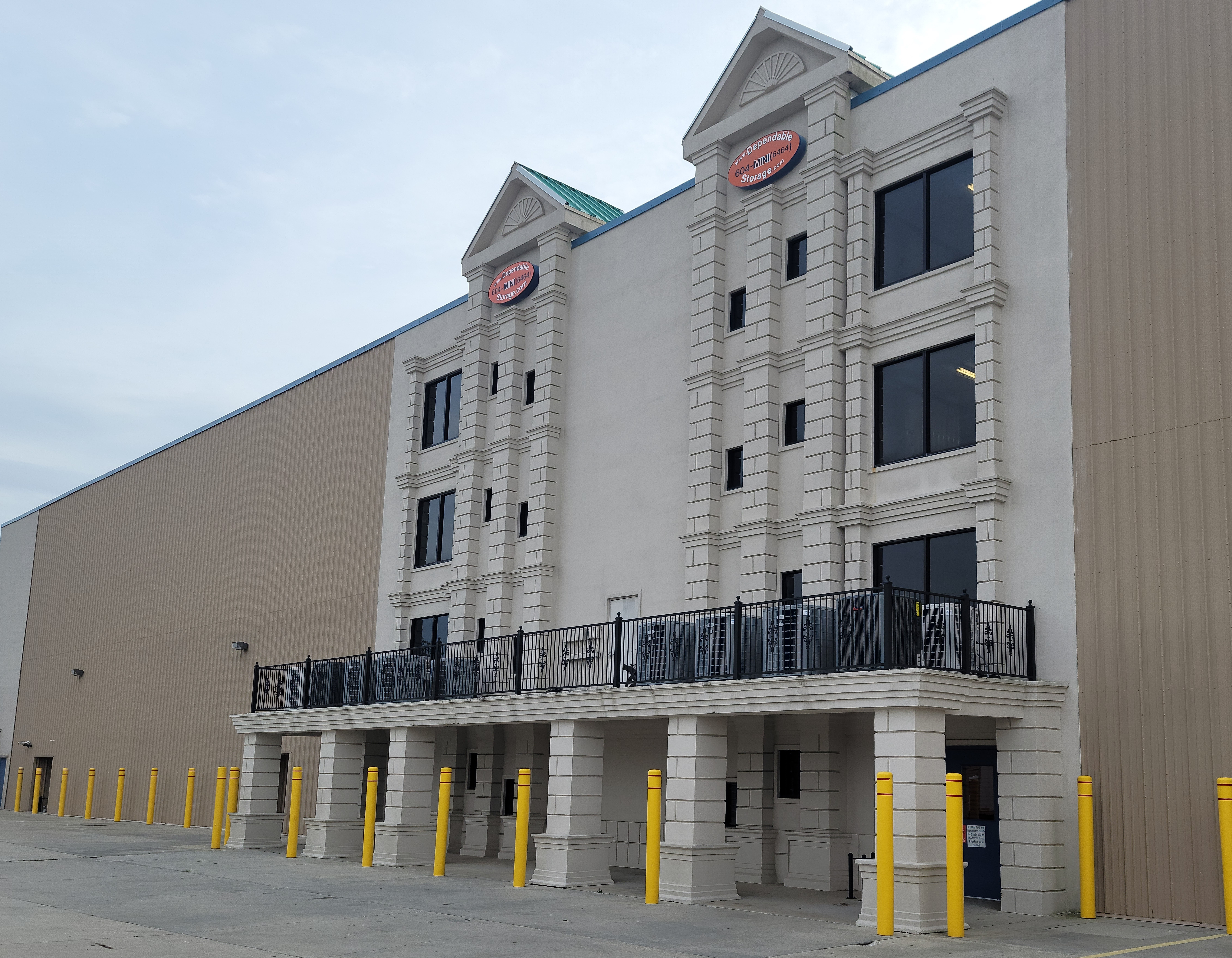 large interior storage units available gulfport, ms