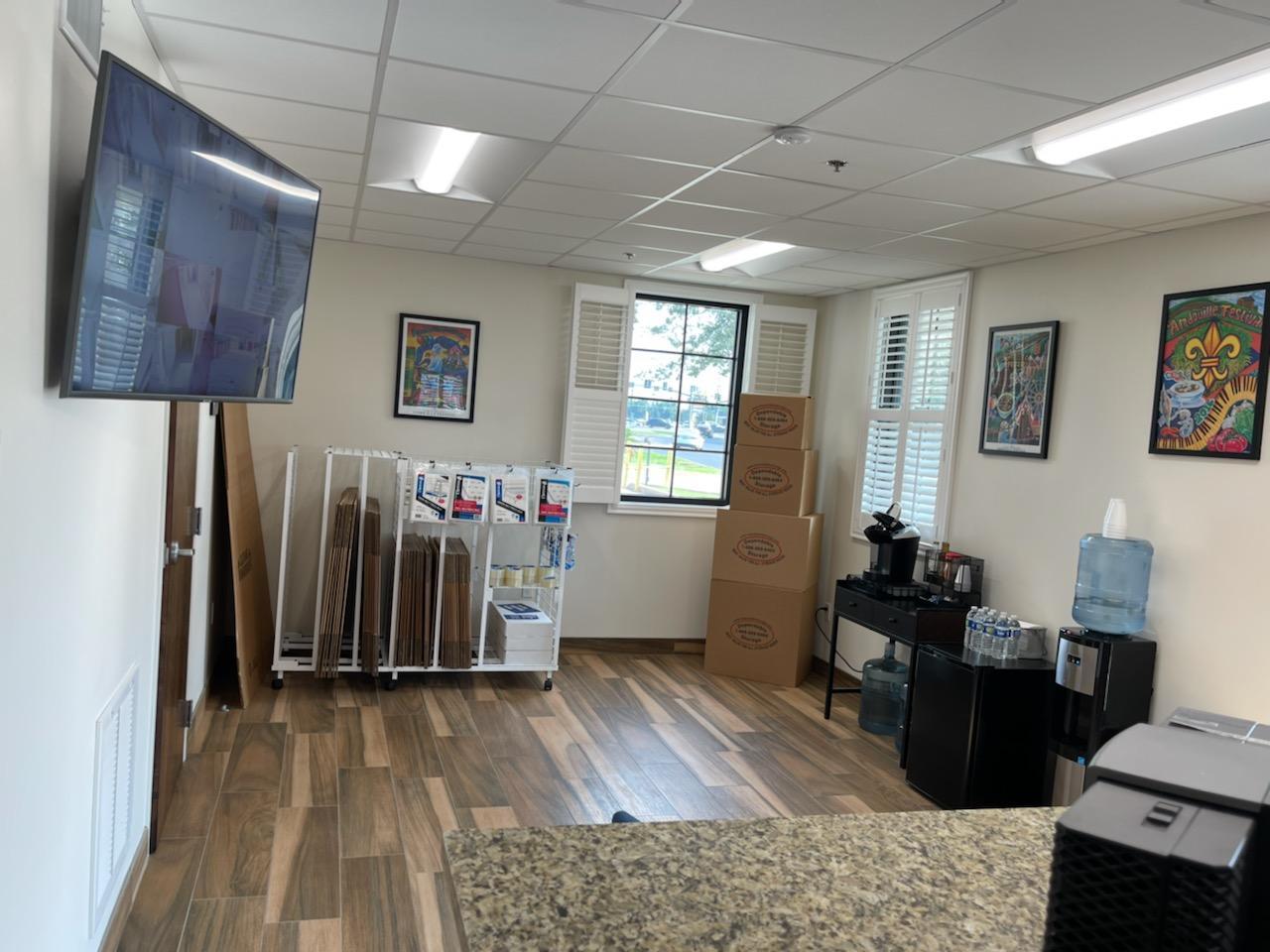 updated mini storage office convenient laplace, la