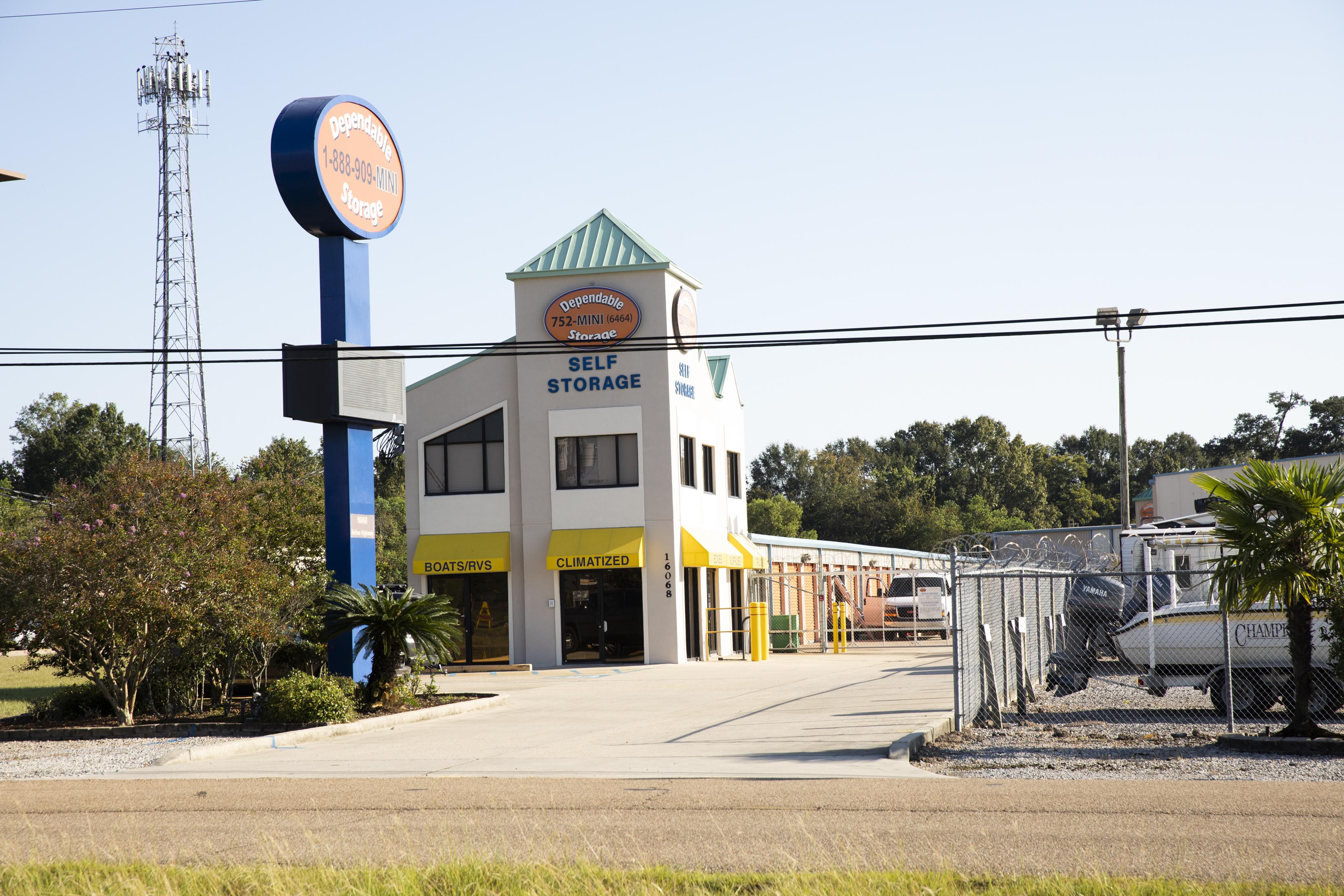 fenced and gated facility prairieville, la