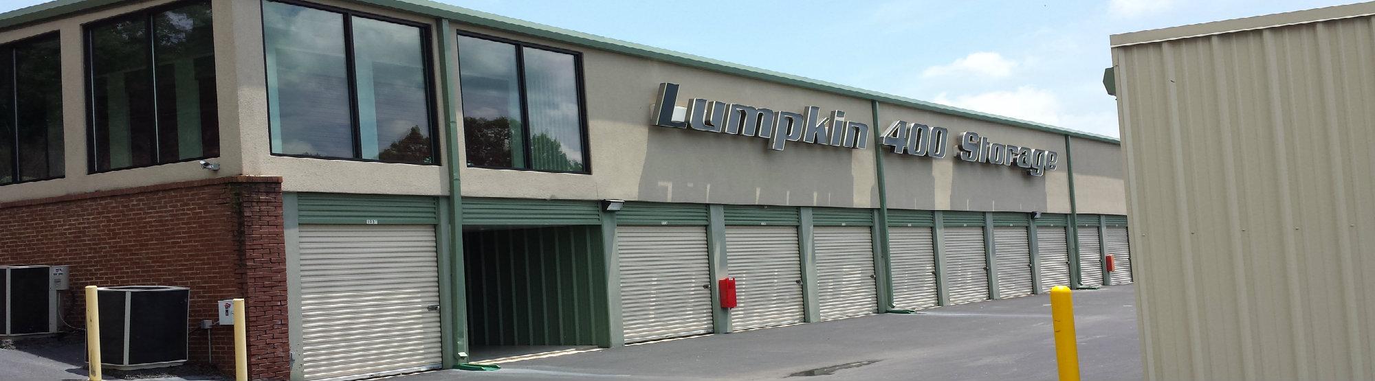 Lumpkin 400 Storage exterior