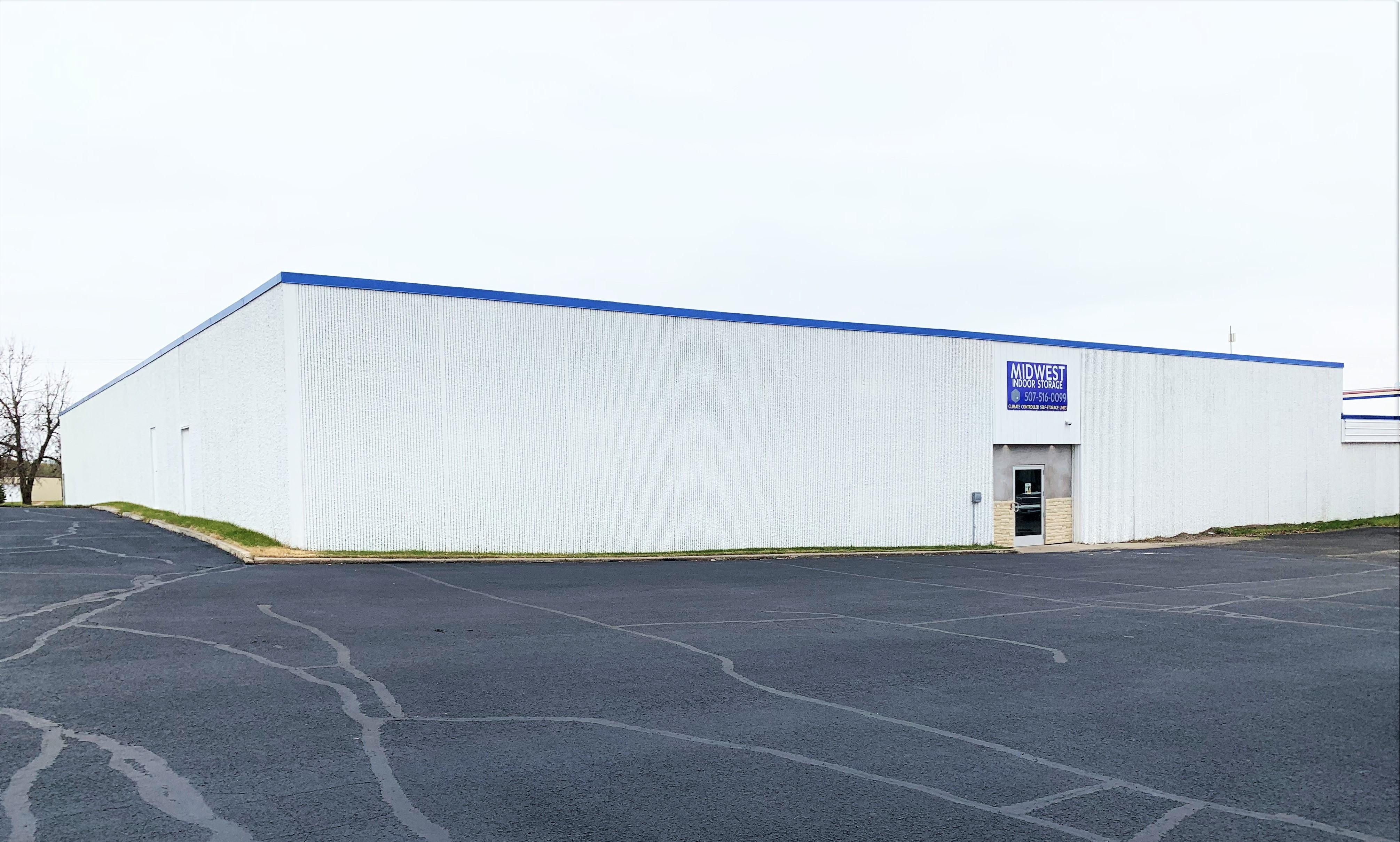 Exterior of indoor storage in albert lea, mn
