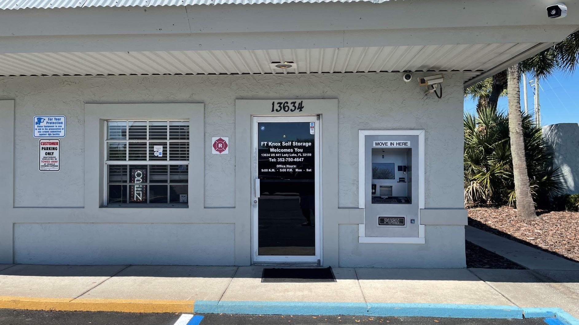 Fort Knox Self Storage at 13634 US-441, Lady Lake