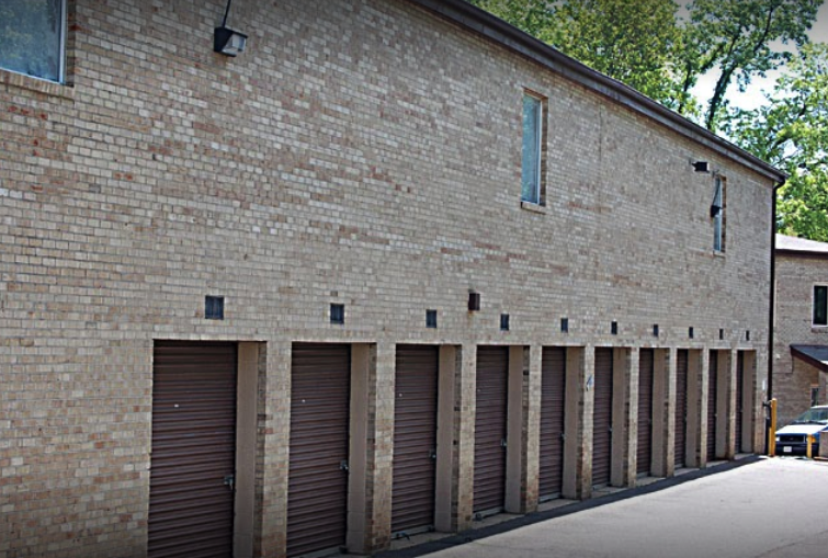 Outdoor Self Storage in Falls Church