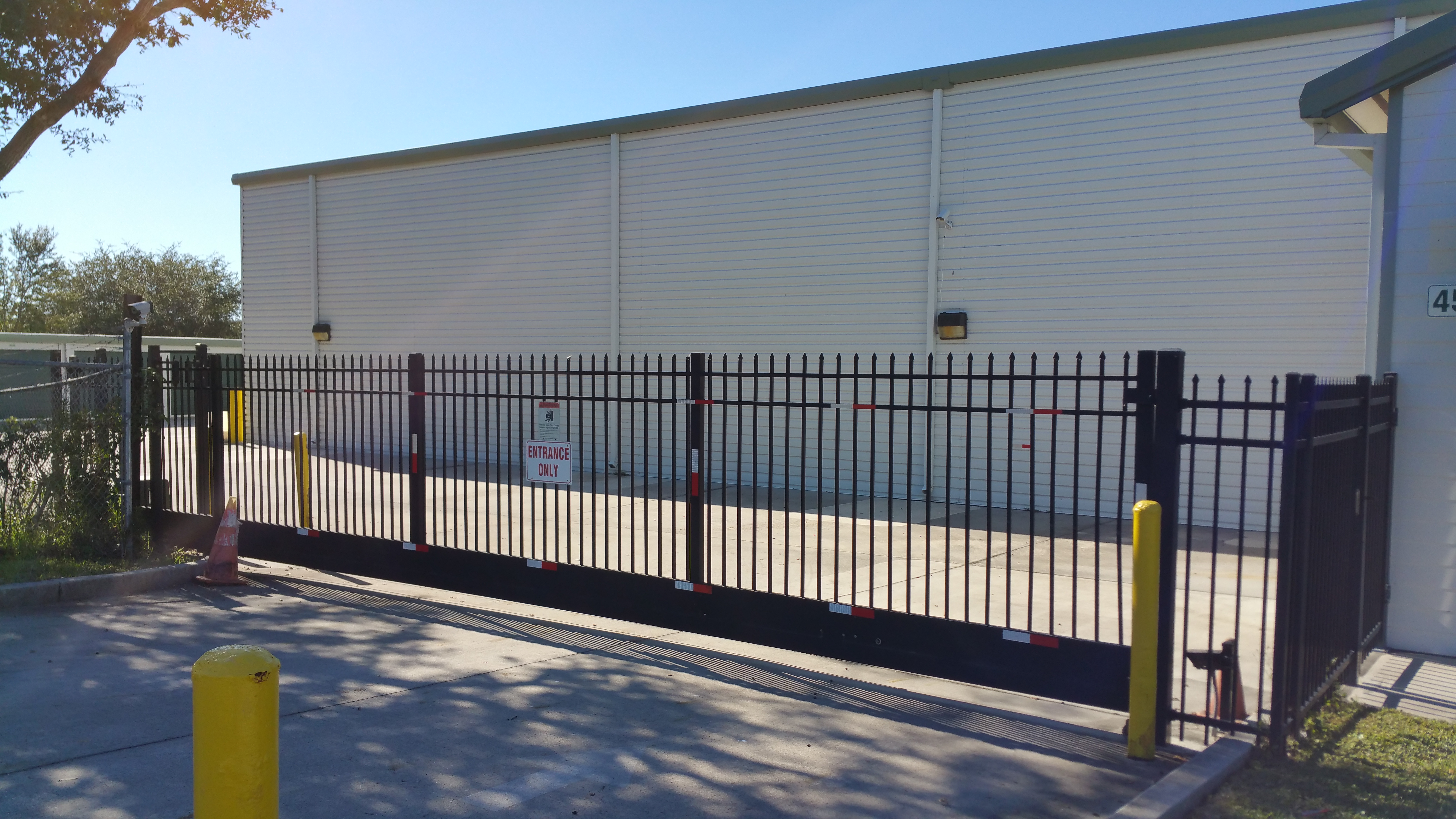 Secure self storage in Palm Bay, FL