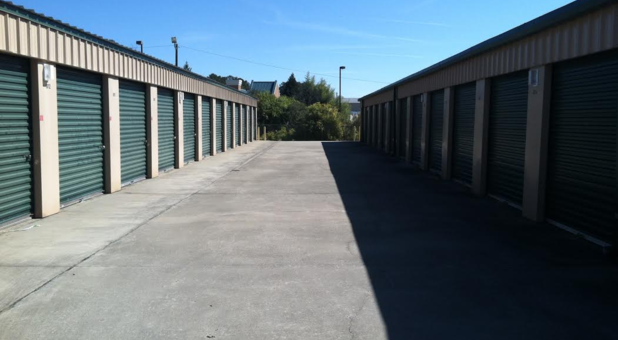 Wide driveways at Eagle Self Storage Garrett Way location