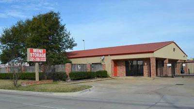 Front office of Houston Mini Storage
