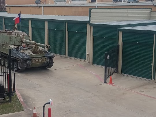 Tank protecting storage units