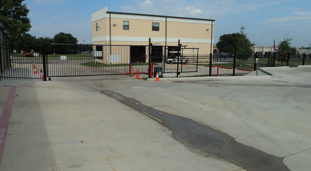 Fenced and gated self storage facility Fort Worth, TX
